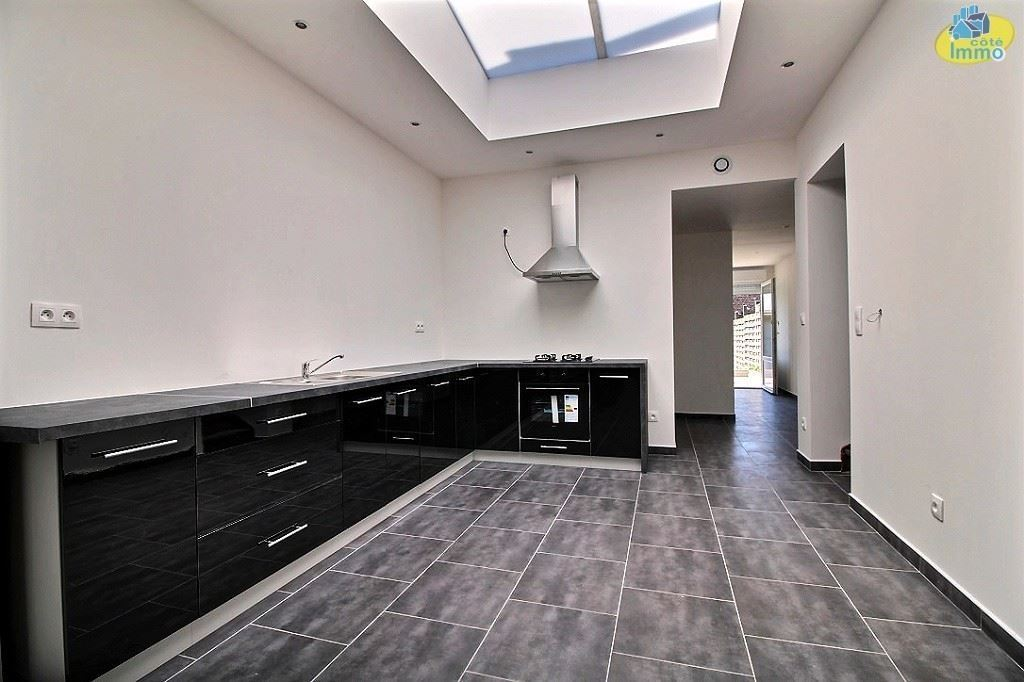 Habitation entièrement rénovée avec 4 chambresMOUSCRON