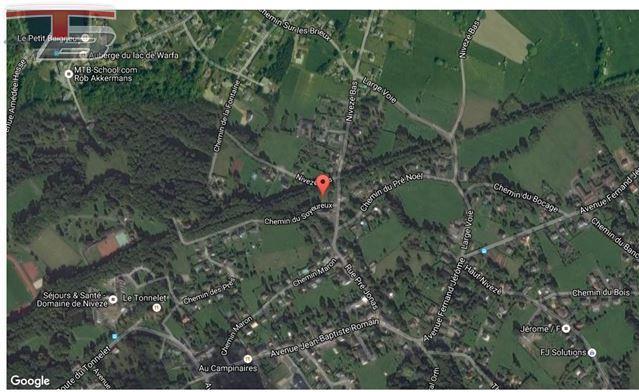 Terrain à bâtir de 1.053 m², parcelle  plane située au calme dans une voie sans issue à proximité du village de Nivezé.