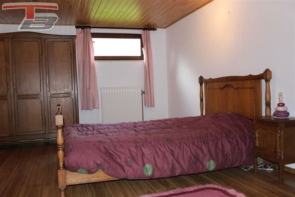 Villa - Bungalow 3 chambres de 138m² sur 1.065m² bien exposés idéalement située au calme dans un quartier prisé !