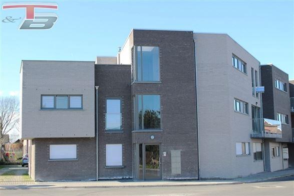 Penthouse basse énergie neuf 3 chambres de 118m² entièrement équipé avec terrasse de 72m² idéalement exposée