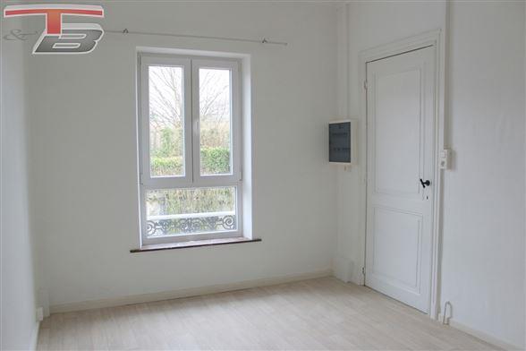 Appartement 1 chambre de 48m² en bon état situé à proximité de toutes commodités