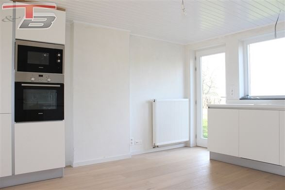 Maison de caractère rénovée 3 chambres de 128m² située au calme dans un cadre verdoyant