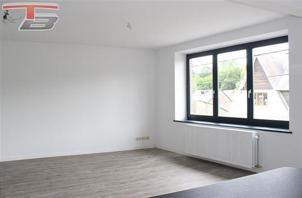 Spacieux appartement 2 chambres en parfait état situé au calme, à 10 minutes de Theux et Spa