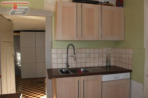 Maison typique 4 ch (poss. 6) de 166m² avec terrasse, garage et grange de 75m² sur terrain de 815m². Poss. frais d