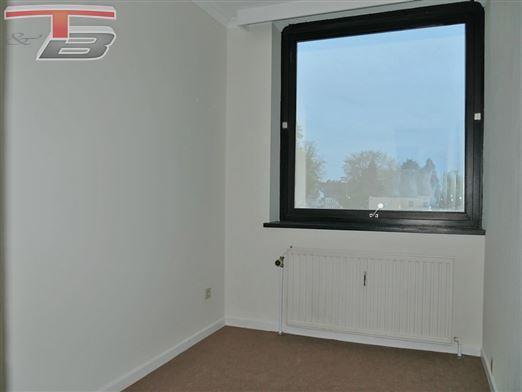 Appartement 2 ch de 70,5m² avec terrasse, cave et garage situé sur les hauteurs de Heusy - Idéal pour placement !