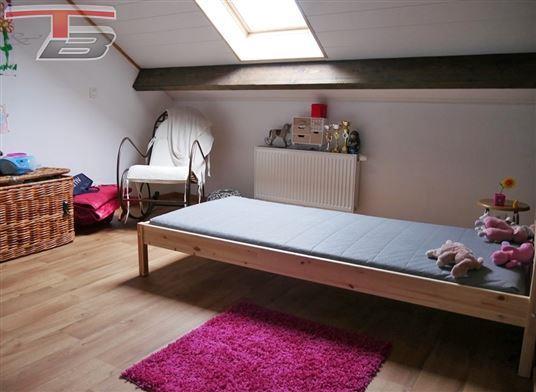 Partie de maison 2 chambres + bureau (poss. chambre) de 72 m² avec jardin exposé sud idéalement située sur les hauteurs de Spa