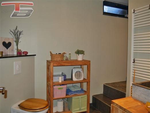 Maison 4 chambres de 180m² avec terrasse et jardin comprenant appartement de 60m² - Reconversion en habitation unifamiliale sans travaux!