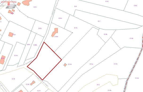 Terrain de 4.422m² situé en zone d