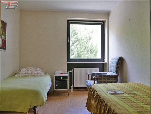 Appartement 2 chambres de 82m² avec terrasse et garage situé dans un environnement verdoyant avec vue dégagée sur les hauteurs de Spa (Balmoral)