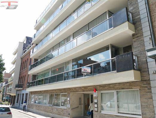 Spacieux appartement 2 chambres de 104 m² avec terrasse plein sud situé dans l