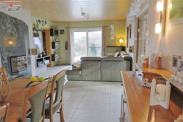 Spacieuse villa 7 chambres de 217m² sur terrain de 1.715m² située dans un quartier calme sur les hauteurs de Stavelot.