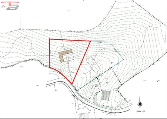 Terrain à bâtir libre de constructeur de 1.863m² idéal pour la construction d